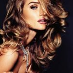 Rosie Huntington-Whiteley 03 | © Vogue
