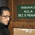Fabrizio Corona in tribunale nel 2008 | © DAMIEN MEYER / Getty Images