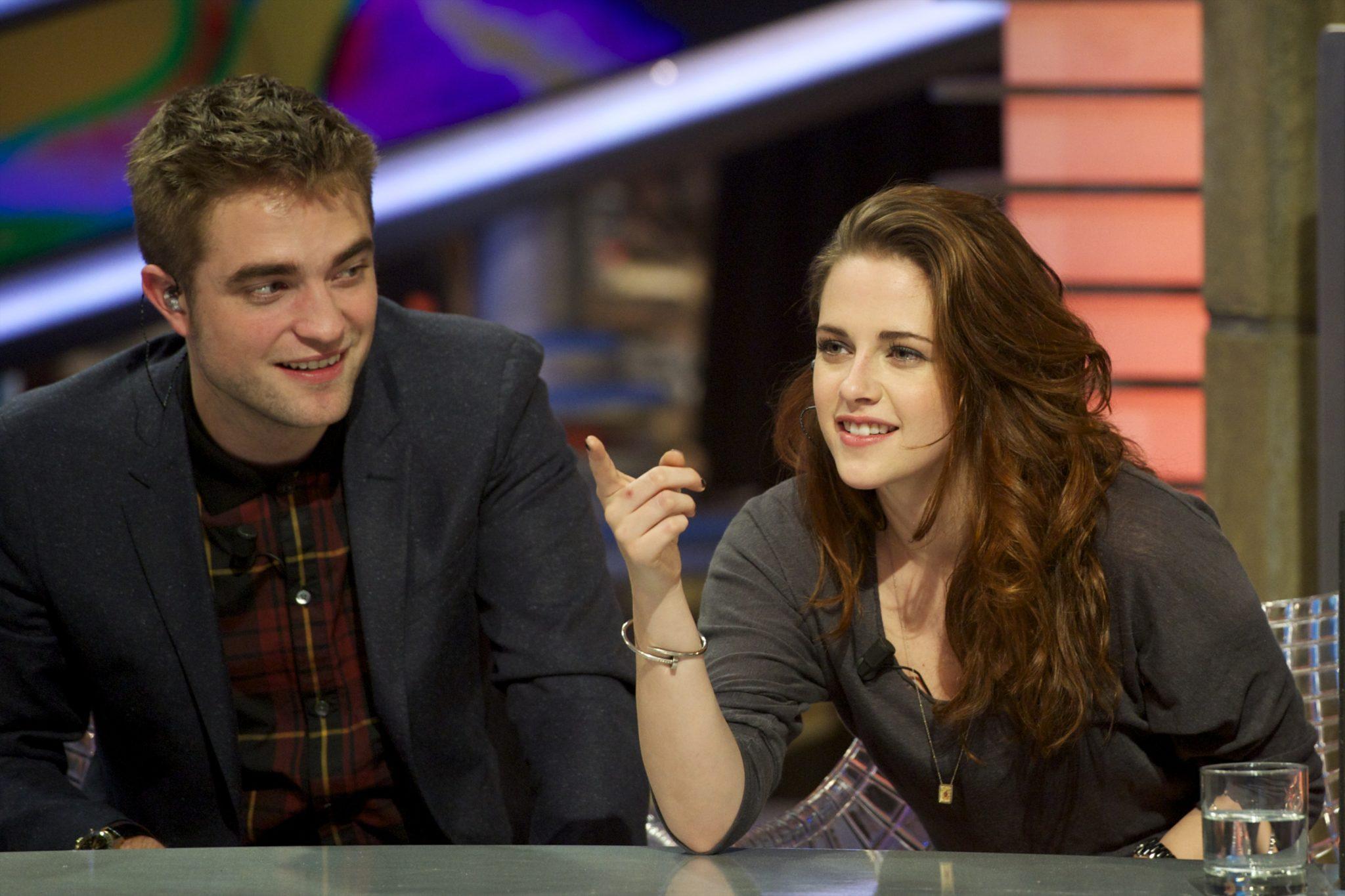 Che sta uscendo Robert Pattinson ora