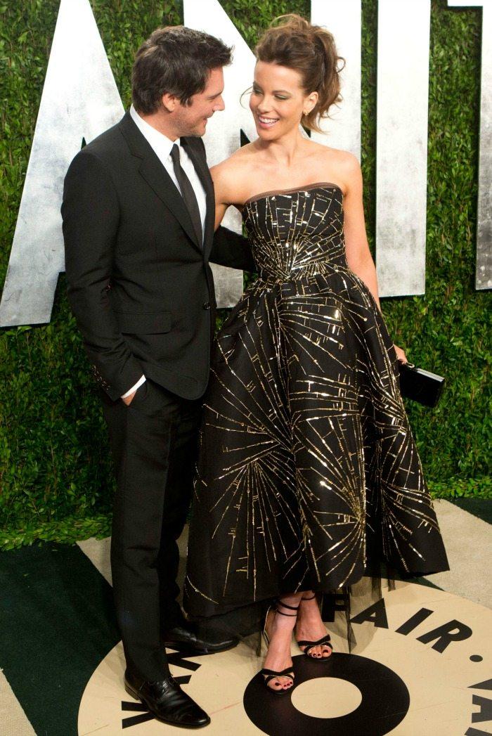 Amy adams con un abito oscar de la renta hot girls wallpaper for Oscar de la renta wallpaper