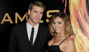 Miley Cyrus e Liam Hemsworth | © Kevin Winter / Getty Images