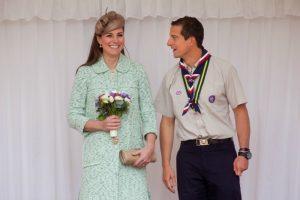 Kate Middleton e Bear Grylls   © Getty Images
