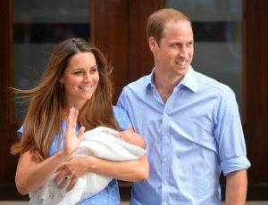 Kate Middleton tiene in braccio il figlio   © Getty Images