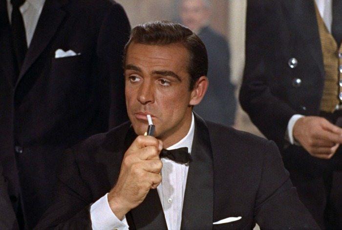 Sean Connery nei panni di James Bond