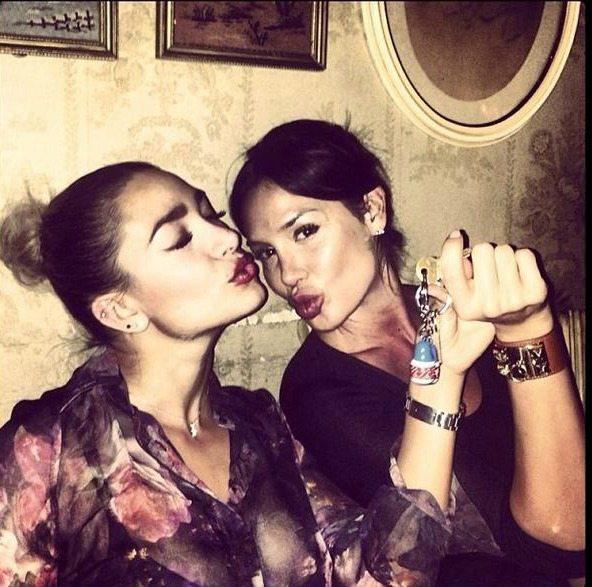 Nicole Minetti e Lisandra Silva   © Instagram