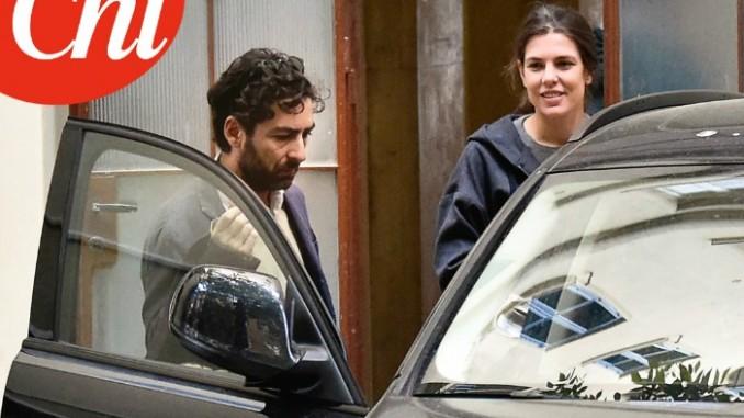 In giro tra le bancarelle della città: Charlotte Casiraghi paparazzata a Roma