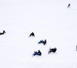 Fare snowboard